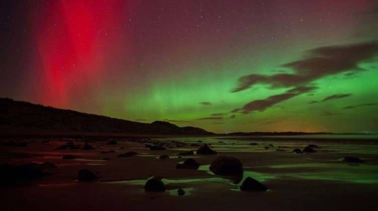 Rare northern lights captured in UK