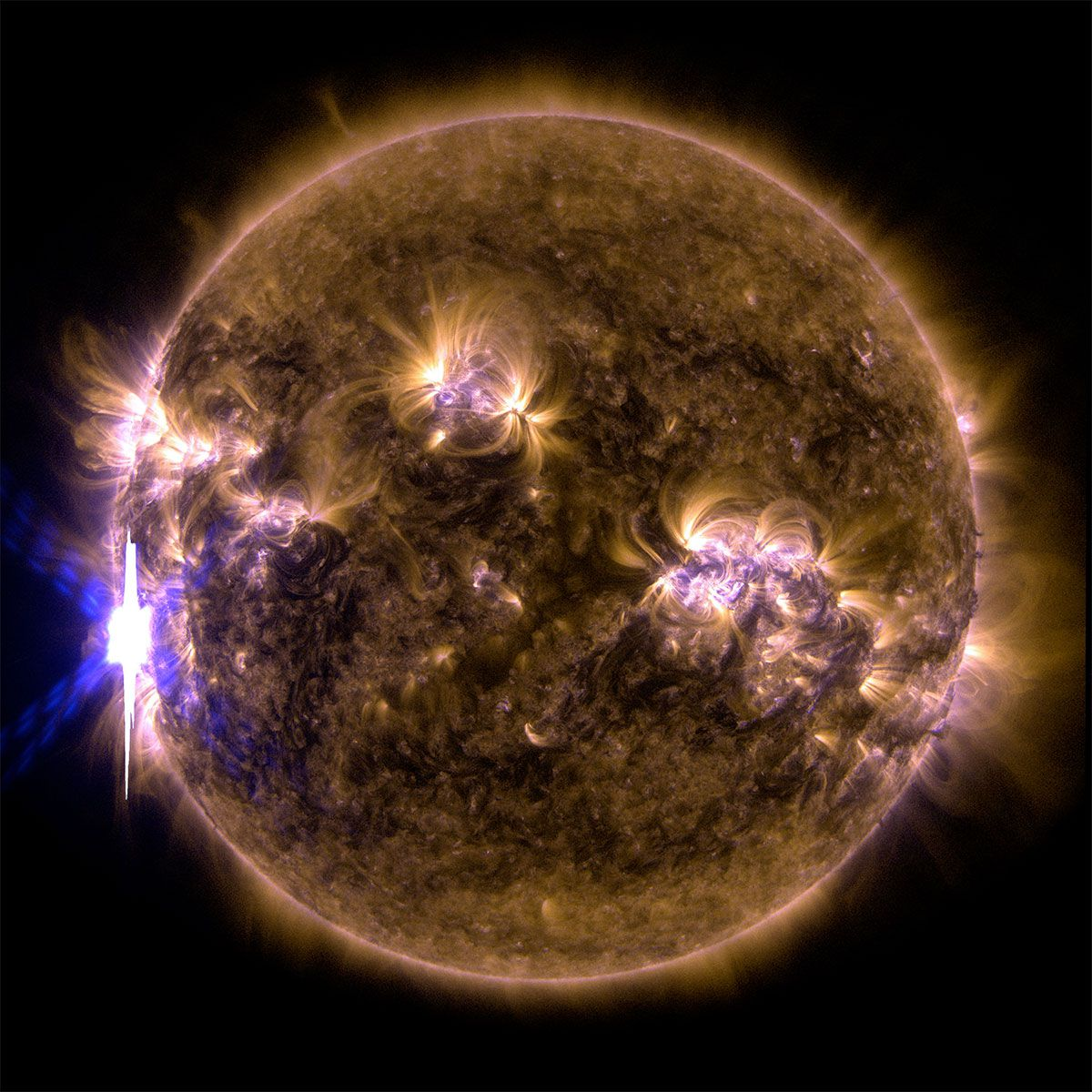 Solar flare composite image showing the sun in ultraviolet light with wavelengths of 131 and 171 Angstroms