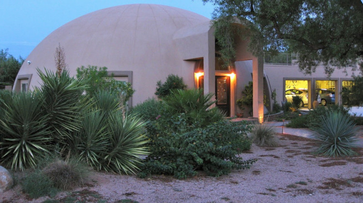 The Stout Residence in Mesa, AZ. Photo: Monolithic Dome Institute